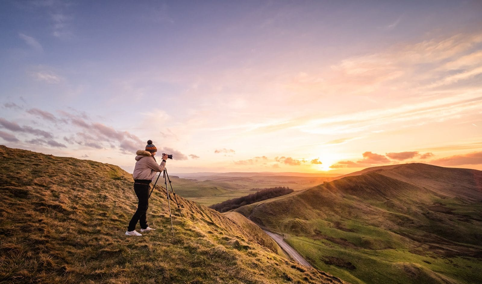 sunset overlooking mam tor with me the photographer