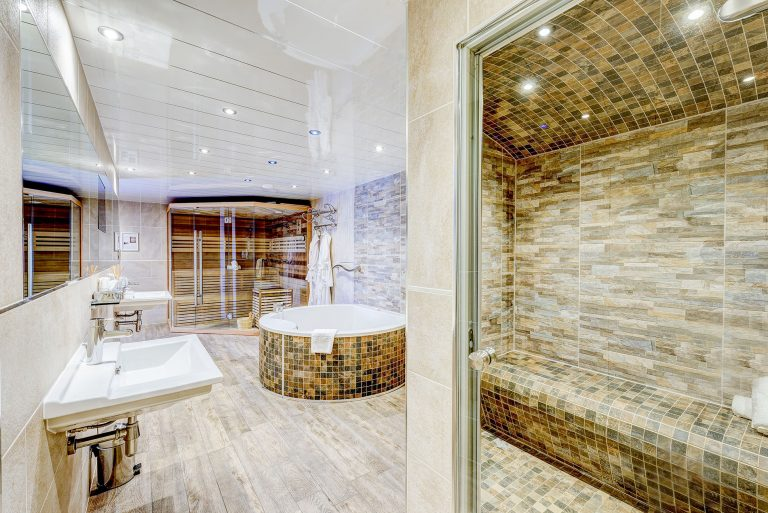 photo of the mount pleasant bathroom suite
