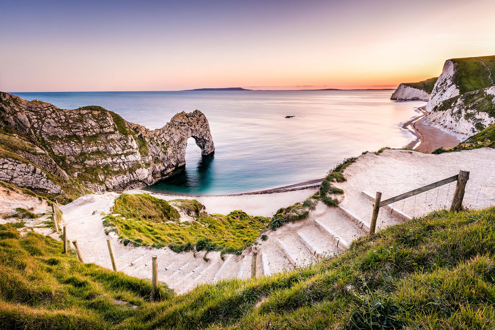 durdle door dorset, landscape photo at sunset