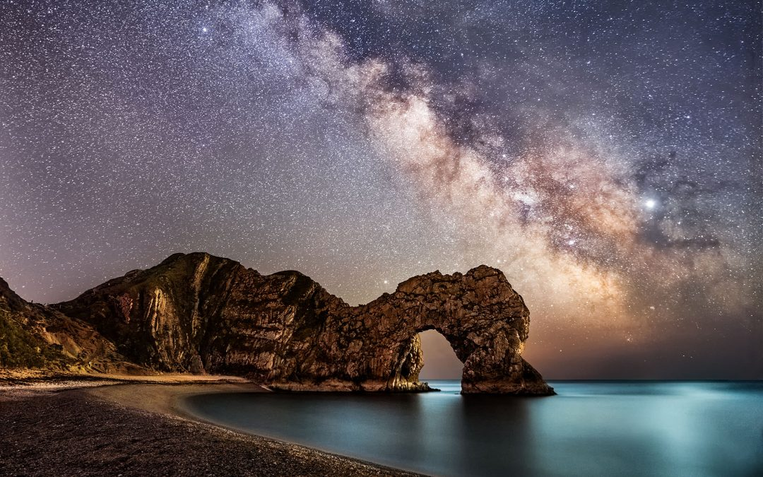 The milky way in Dorset over Durdle door